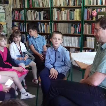 Spotkanie z Pawłem Baręsewiczem w GBP w Potęgowie