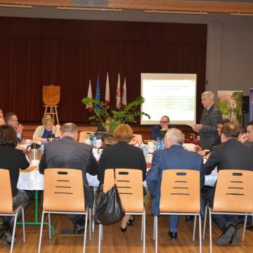 Wójtowie i burmistrzowie podczas konwentu