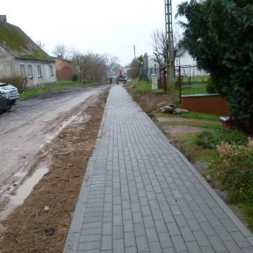 Przebudowa chodnika w Żychlinie